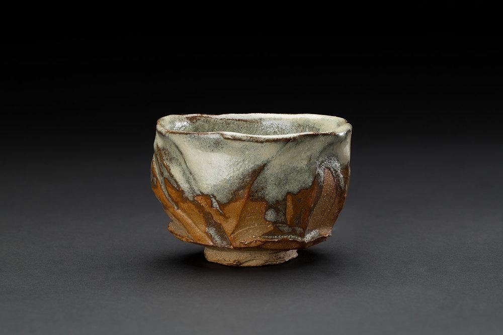 Chris Rond  Dune  , 2017 Ceramic 2.5 x 4 x 4 inches 6.4 x 10.2 x 10.2 cm CRo 3