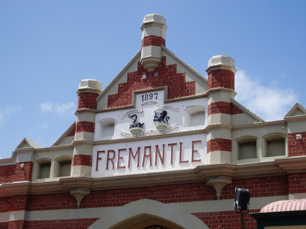 Fremantle Port, heritage architecture, craft markets and coffee strip