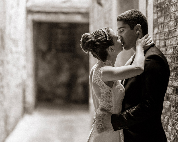 elopement in venice for couples