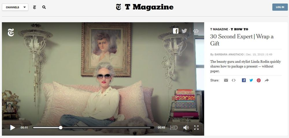 T Magazine - T HOW TO 30 Second Expert / Wrap a Gift (feat. beauty guru, stylist and Chelsea Flea Market vendor Linda Rodin)