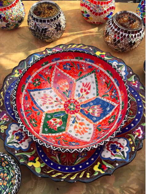 Handmade Turkish Dinnerware and Decorative Pieces