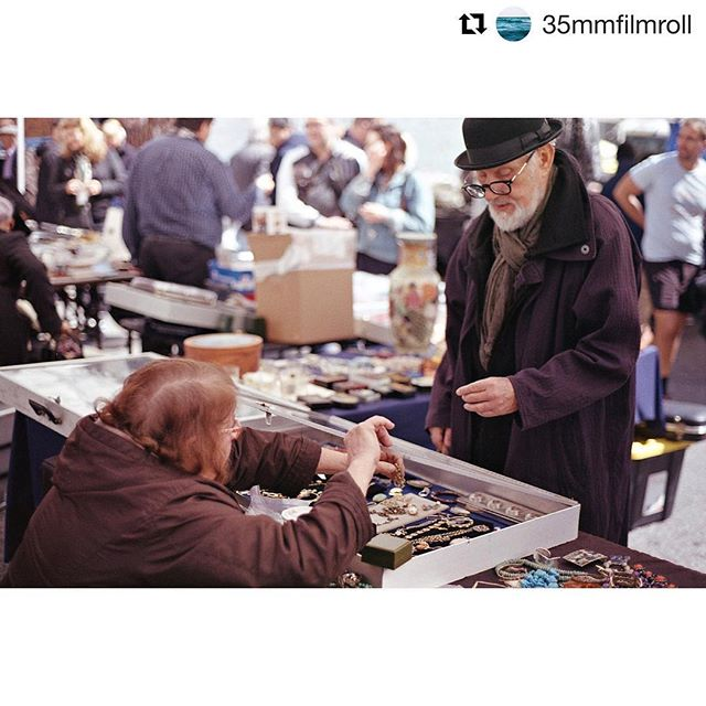 The #huntandhaggle in progress. Thank you for the photo, @35mmfilmroll! #chelseanyc #nycgo #streetphotography #travelphotography #chelseafleamarket #p3top #nyc #photography #urban #style #fleamarket #thriftstorefinds  #analog #staybrokeshootfilm #believeinfilm #keepfilmalive #35mmphotography #shootfilm #film #35mm #analogphotography #filmphoto #istillshootfilm #filmisnotdead #thefilmcommunity #filmcamera #madewithkodak #filmcommunity