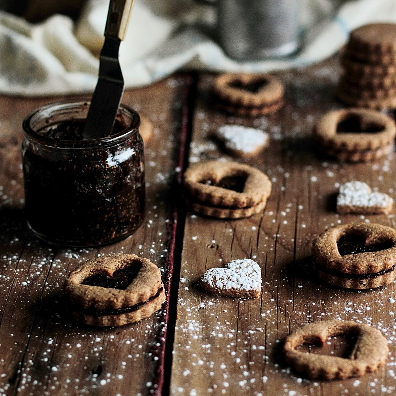 Toasted Almond Fig Cookies