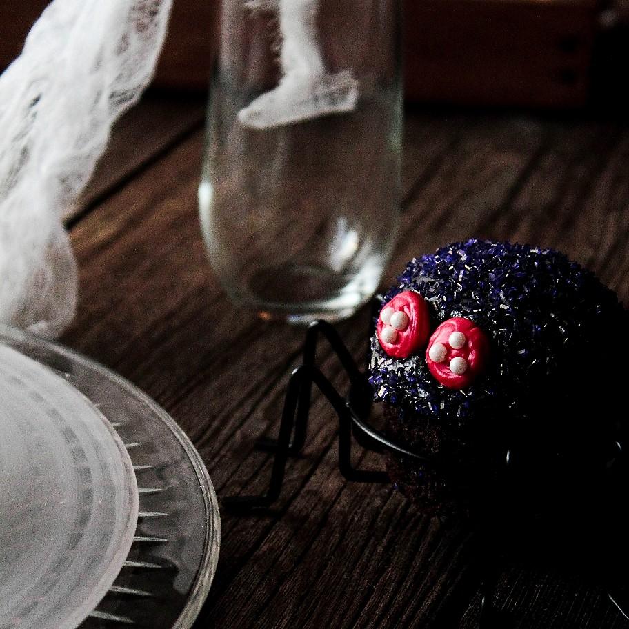 Black Velvet Spider Cupcakes