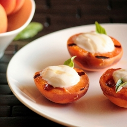 Grilled Apricots & Honey Yogurt