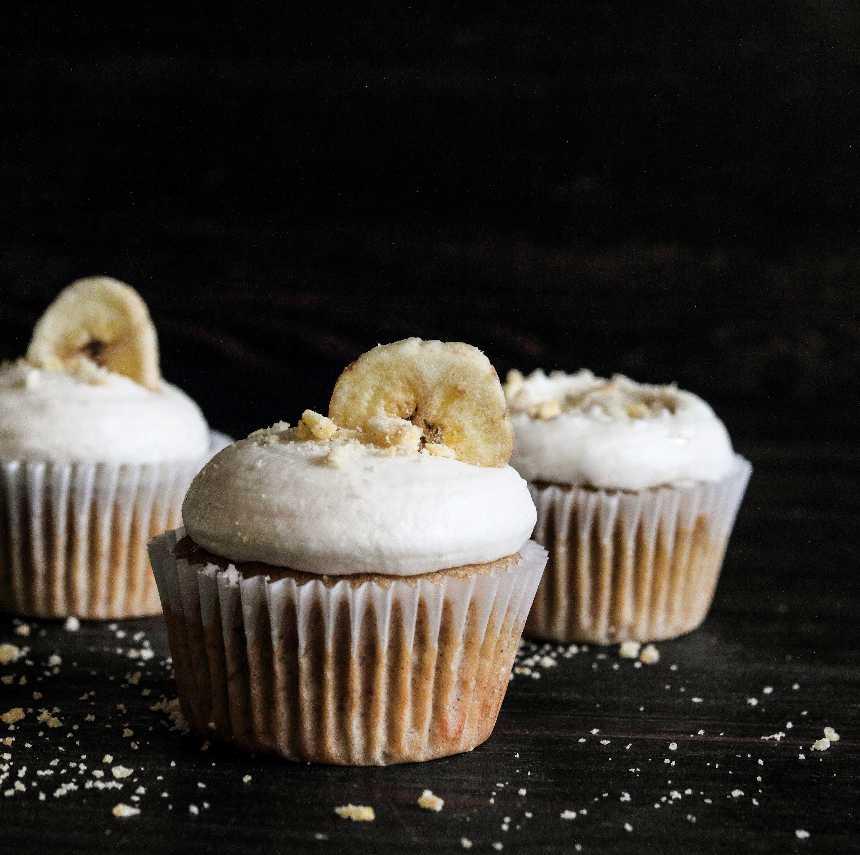 Banana Hazelnut Cupcakes
