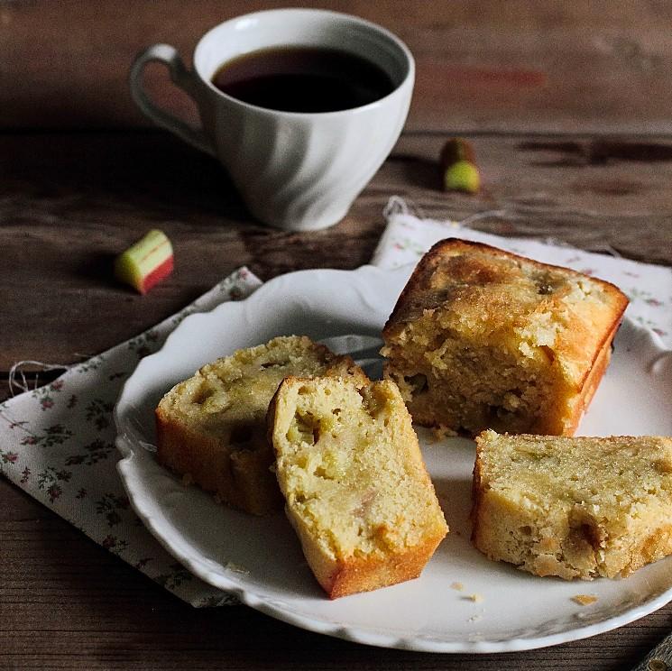 Rhubarb Vanilla Pound Cake
