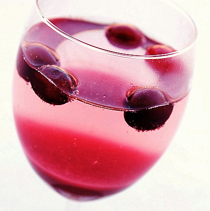 Cranberry White Wine Spritzer