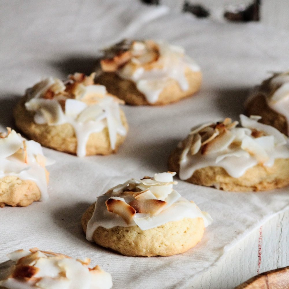 Triple Coconut Cookies