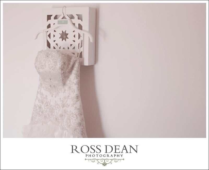 A stunning beach side destination wedding in Portugal - http://www.rossdeanphotography.com (13)