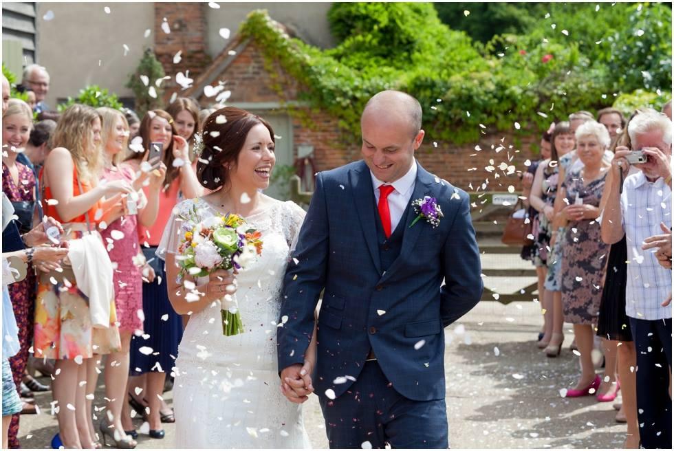 dove-barn-suffolk-wedding-photographers