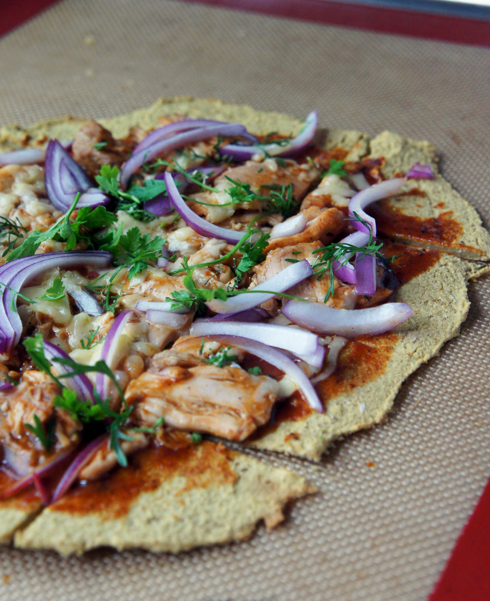 Nut-free paleo pizza crust, 2 ways! (No cauliflower included…)