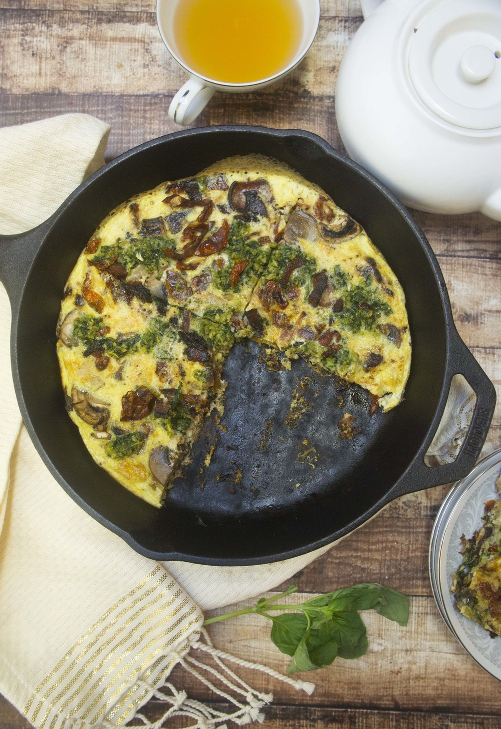 Paleo Bacon, Mushroom, Sun-Dried Tomato & Pesto Frittata