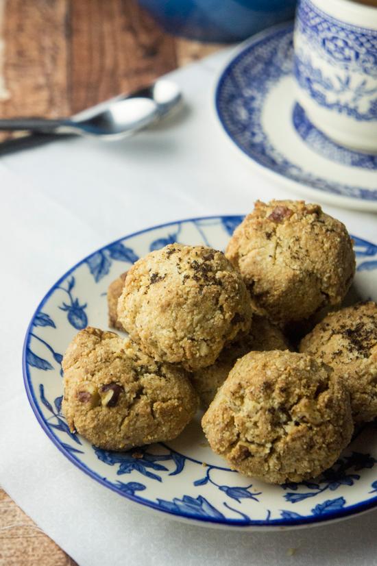 Paleo Vanilla Bean Mexican Wedding Cookies
