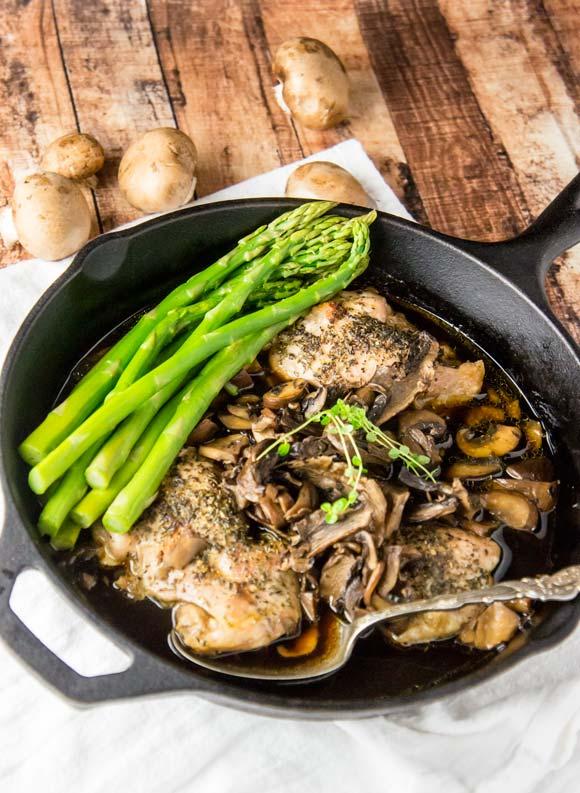 Mushroom Au Jus with Herbed Chicken