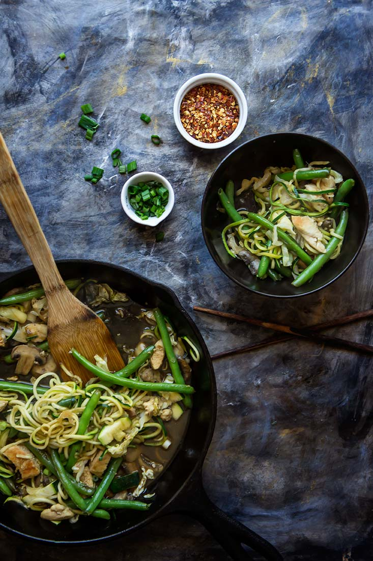 Zoodle Chicken Chow Mein