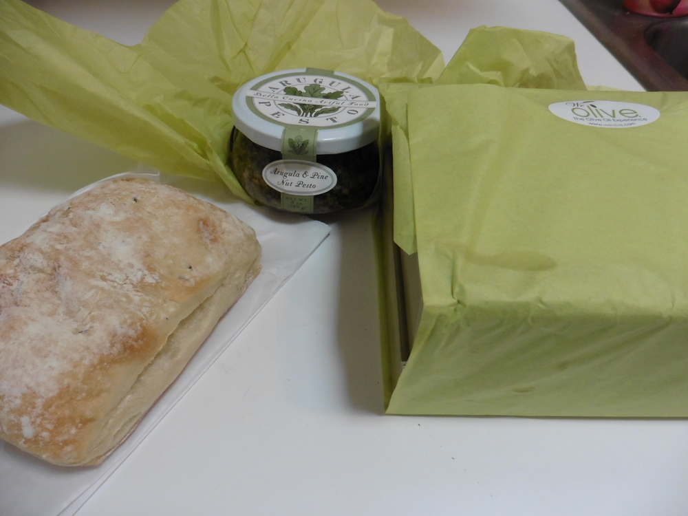 Cute packaging on my olive oil and vinegar samplers, the pesto spread and a fresh ciabatta rosemary bread I got from the Chestnut Street Bakery a few doors down.