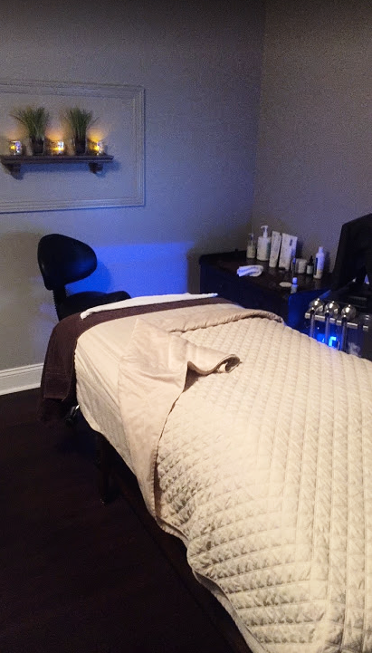 YOUR ROOM - Is so peaceful and relaxing.  They have light music playing and they have amazing essential oils that put you in a peaceful mindset as soon as you step foot into the room.  I could not wait for my facial to feel rejuvinated and leave there with glowing skin!