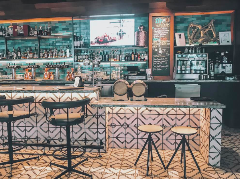 I got major home inspiration from this bar! These tiles are everything and the teal accent on the wall was so cute!