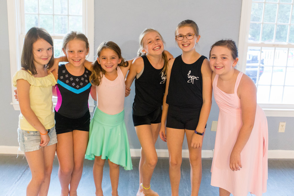 DancersGroupForward.jpg