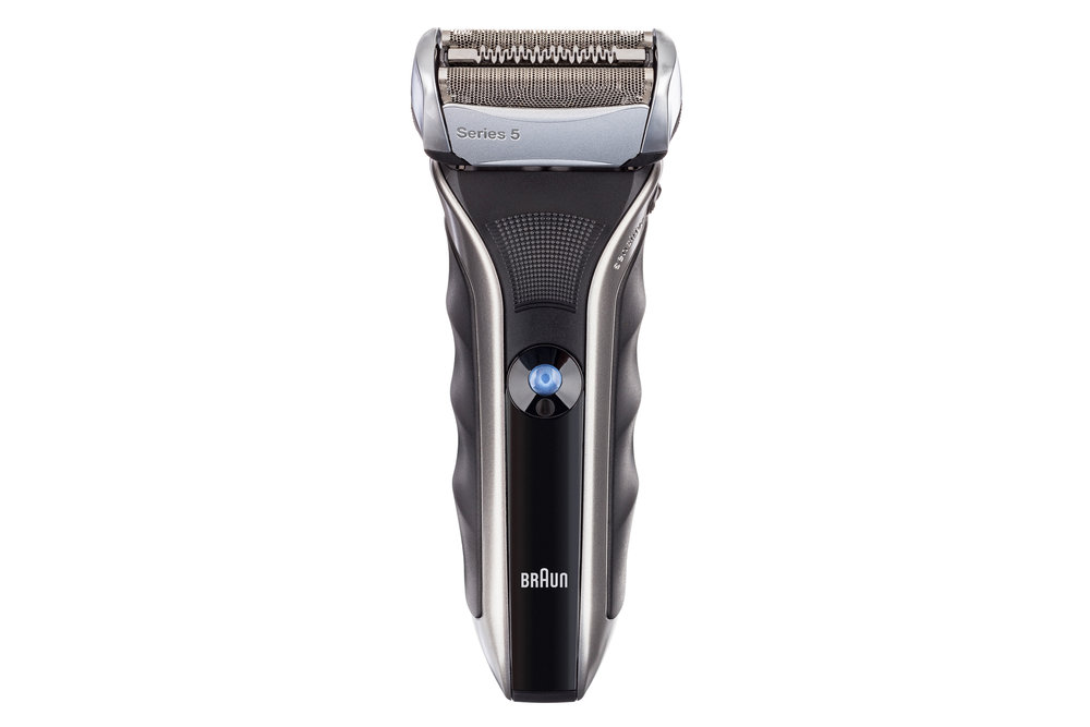 Ecommerce Product Photo: Braun Electric Shaver