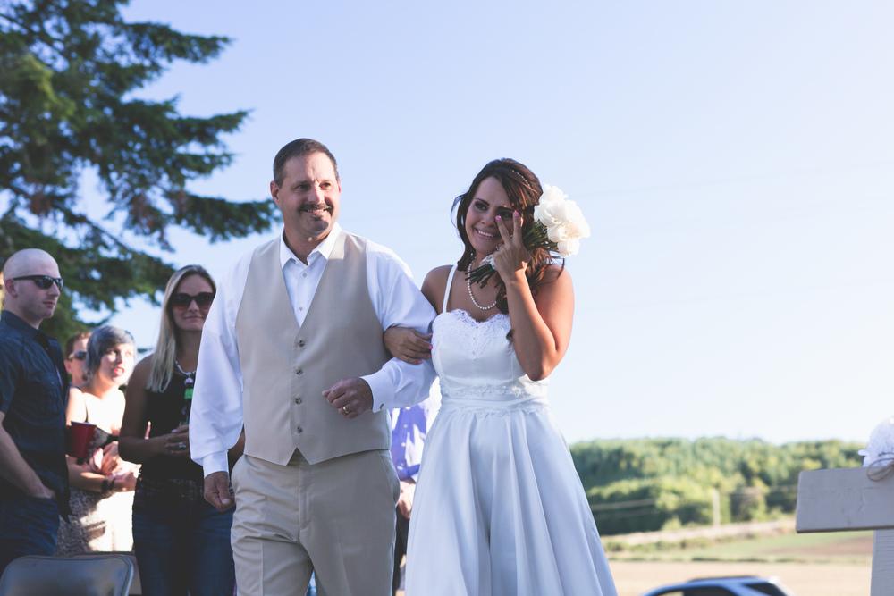 Jenna Stoyles'custom wedding gown