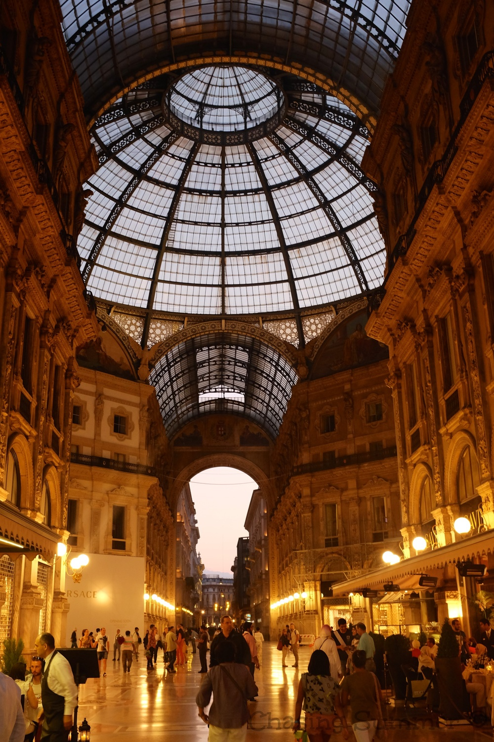 Inside the Galleria , often nicknamed il salotto di Milano (Milan's drawing room)