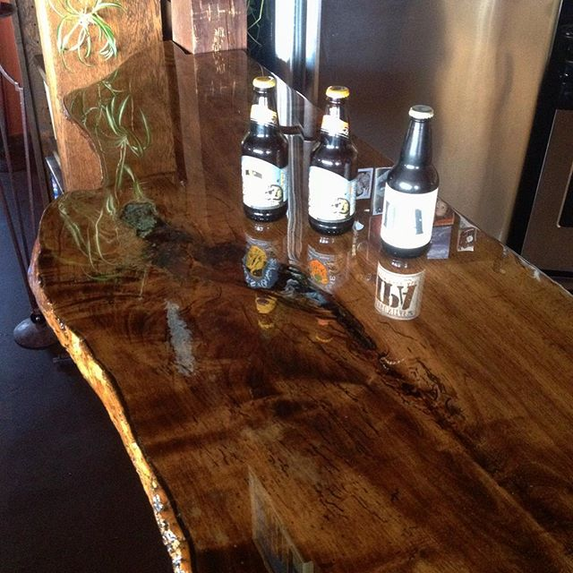 Helped install a classy Ash slab bar at my buddy robs house this weekend. His son did an excellent job on finishing the wood. @lagunitasbeer @firestonewalker