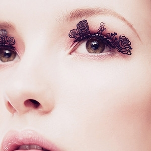 paper lashes 2.jpg