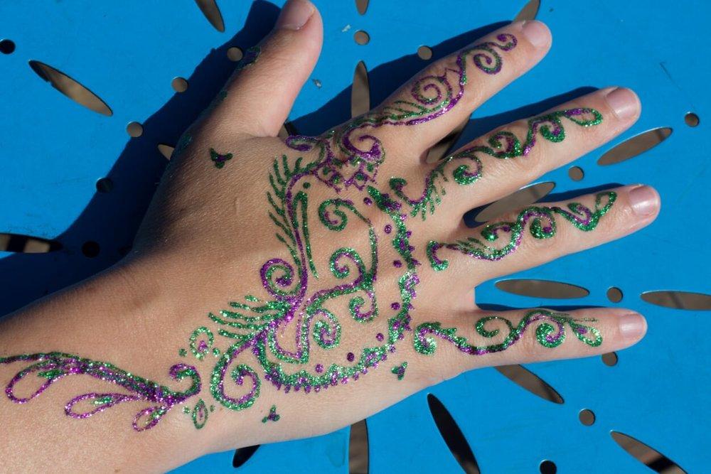 glitter henna 10.jpg