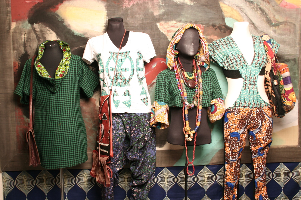 092901_african outfits 2009_0007.JPG