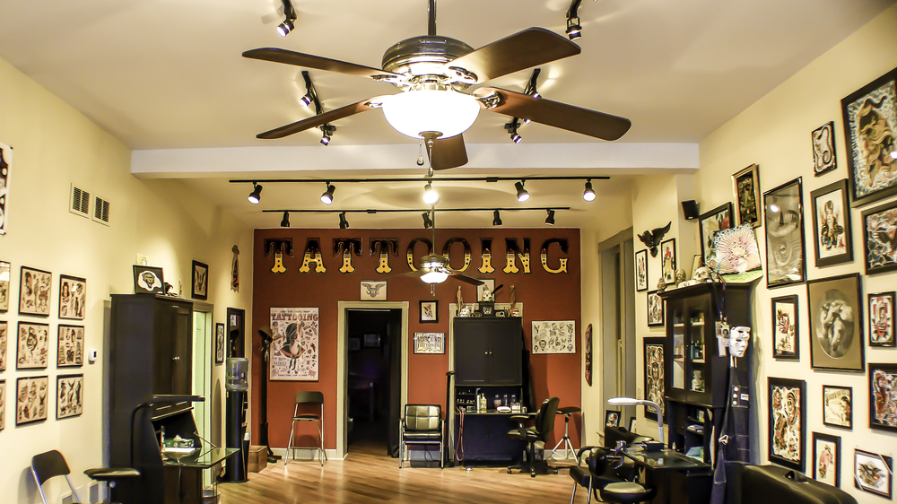 Vintage Tattoo Shop 117