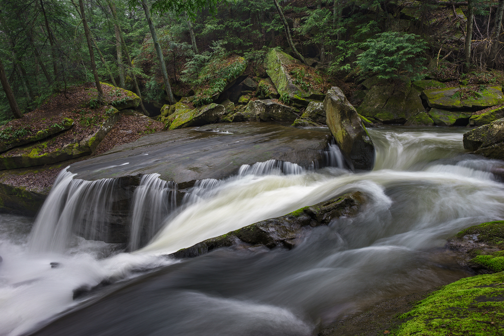 A side channel forms in higher flows that splits the creek between the deep slot. Shot with a Sony a7II and a Zeiss Loxia 21mm, f2.8. Image exposed at ISO 50, at f11 for 3.0 seconds.