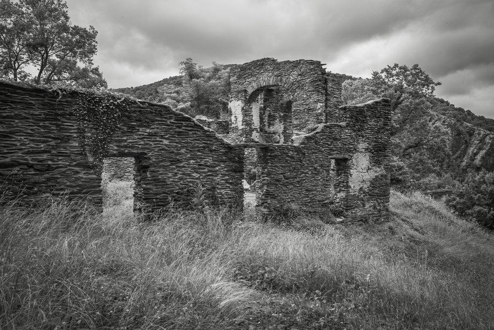 Ruins • Voigtlander 21mm f1.8 Ultron