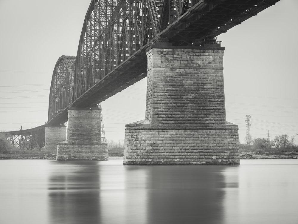 McKinley Bridge, St Louis MO - Fuji GFX50s and a Fujinon GF32-64mm f4 R WR | ISO 100 at f11 for 120 seconds.