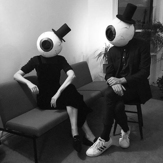 🎃Happy Halloween!👁 #twofancyeyeballs #papiermacheallday