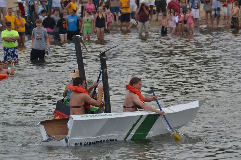 2011 Soggy Bottom Cardboard Regatta - 16.jpg
