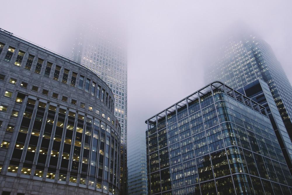 Canary Wharf fog2.jpg