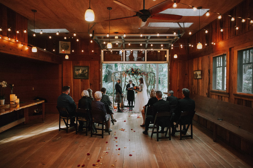 Samantha & Matthew Venue: Treehouse Point Photo Credit: Luma Weddings