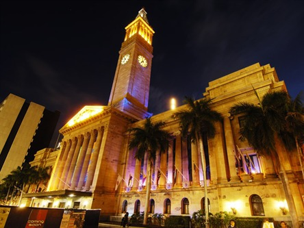 christmas-in-brisbane-city-hall-brisbane-lights-on.jpg