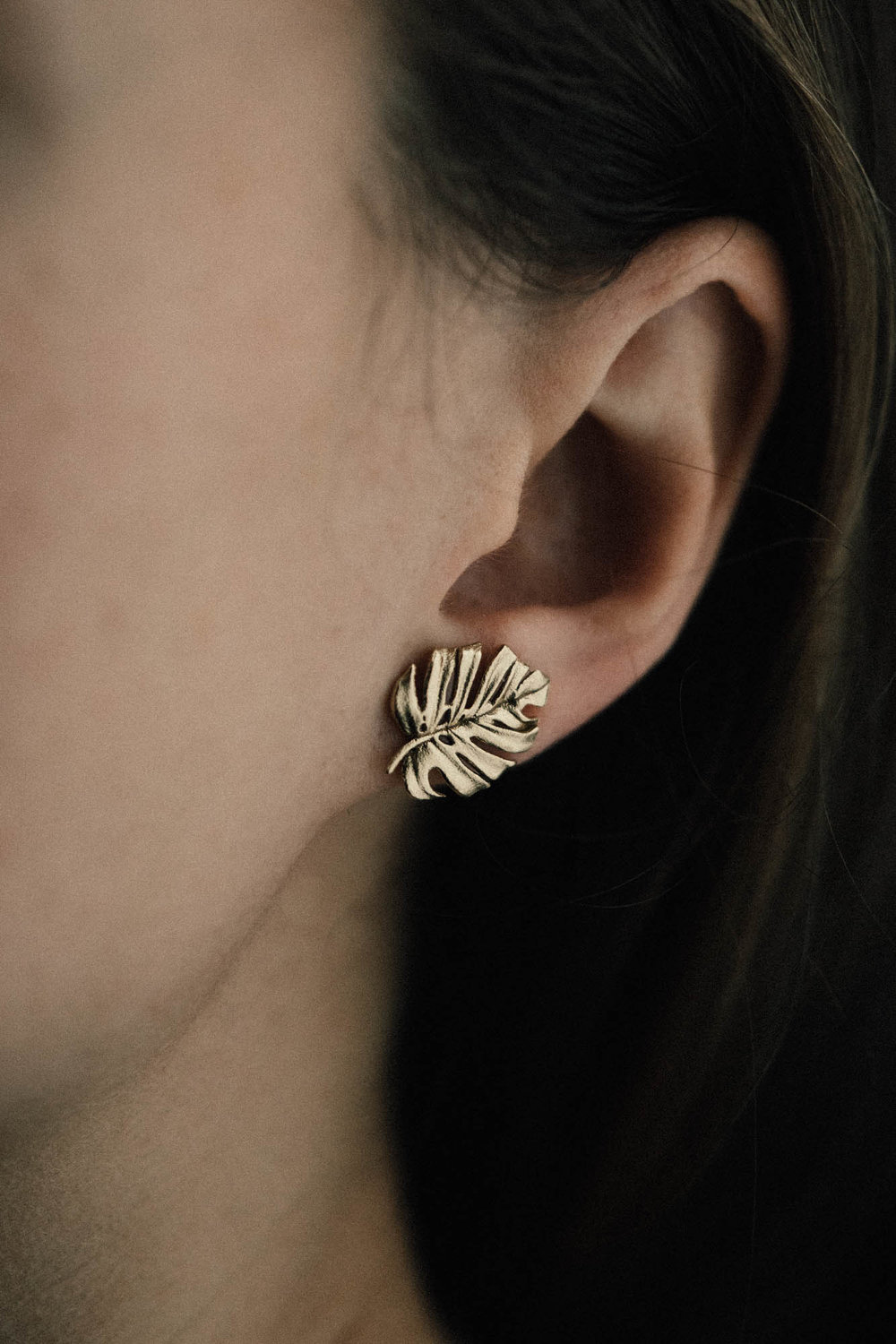 Monstera Post Earring