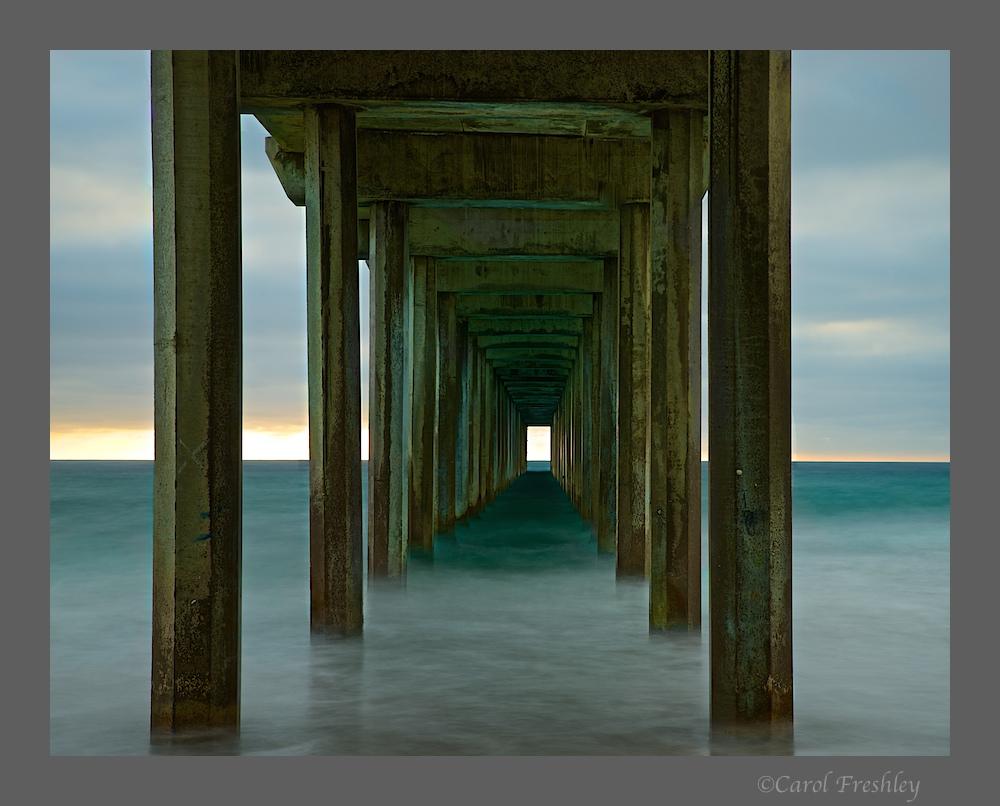 Scripps Oceanic Pier 22.jpg