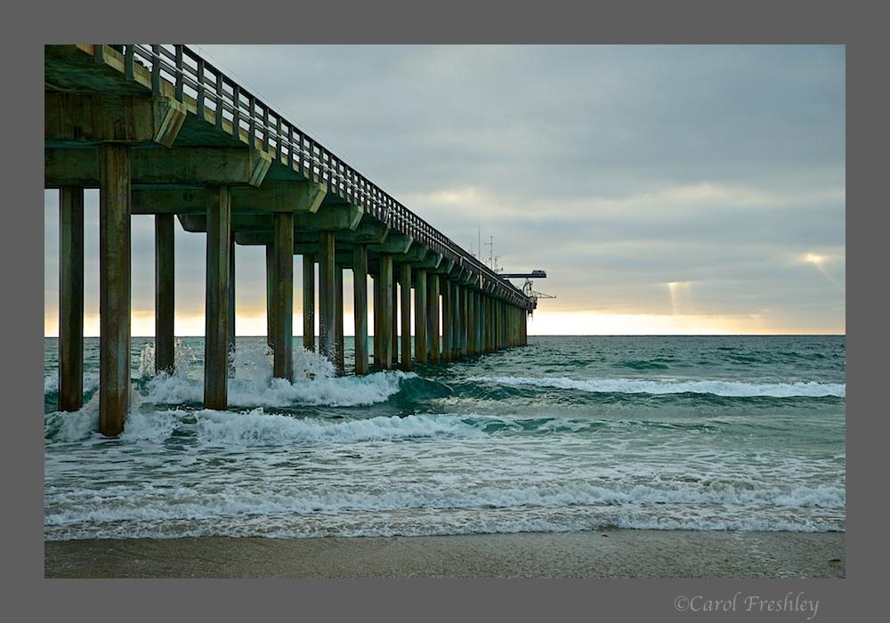 Scripps Oceanic Pier 17.jpg