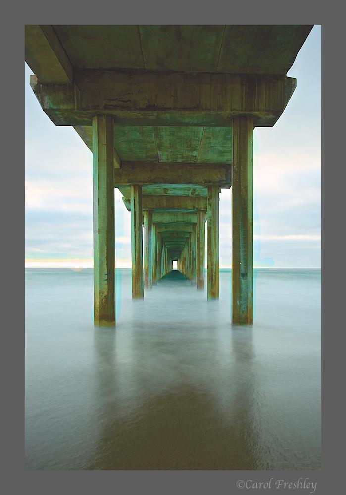 Scripps Oceanic Pier 23.jpg