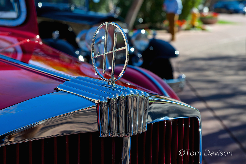 Huppmobile hood ornament