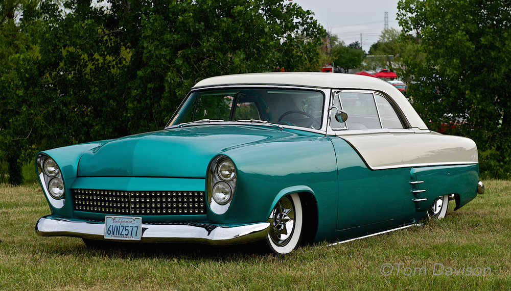 A 1953 Ford.  This would be considered old style custom.