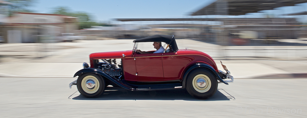 Tom's attempt at panning a 1932 Roadster.
