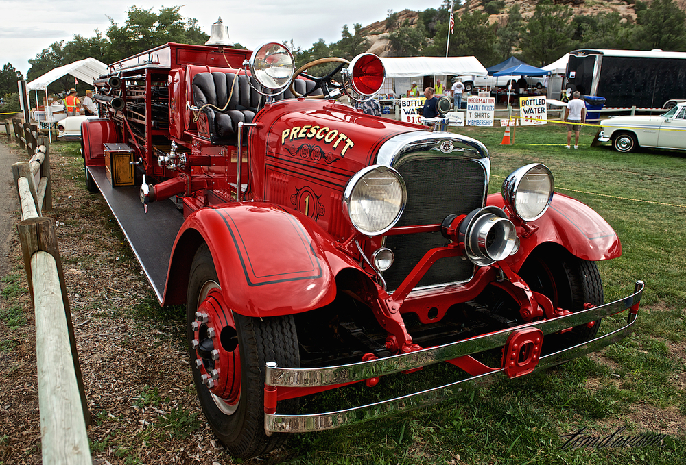 The Prescott FD had this gem on display. They bought it new back in 1930 and it has been meticulously restored. Tom stated that was the nicest firetruck he has ever seen.