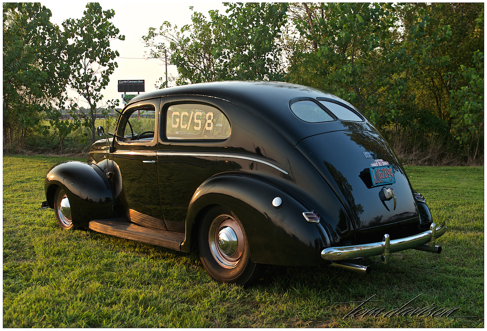 Tom also did a short special shoot of this sweet 1940 Ford Sedan.