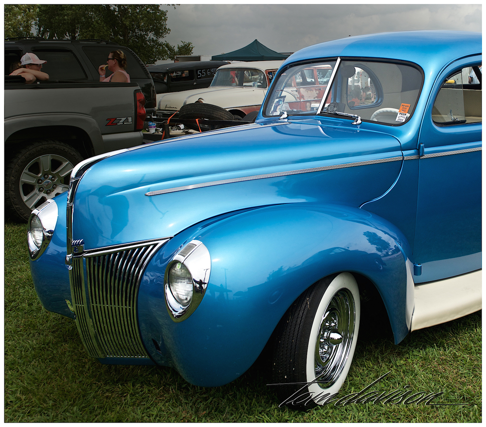 1940 Ford coupe finished in an early 1960s show car style.